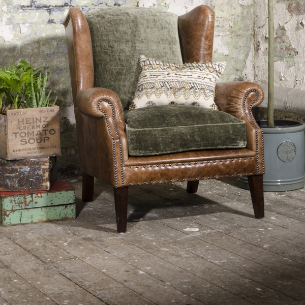 Constable Wing Chair with Scatters