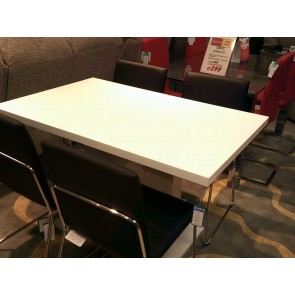 Gust Extending Table