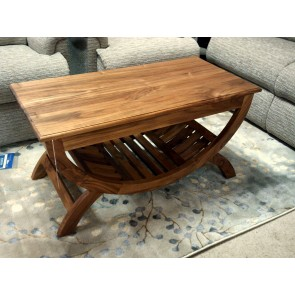 Cantik Lounge Table