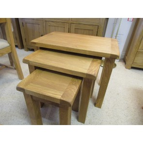 Chester nest of tables