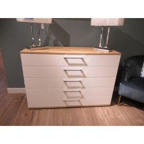 5 Drawer Wide Chest