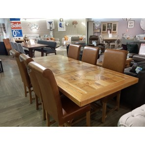 Manor Dining Set