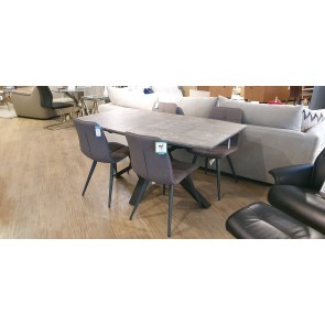 Technique Extending Table and 4 Chairs